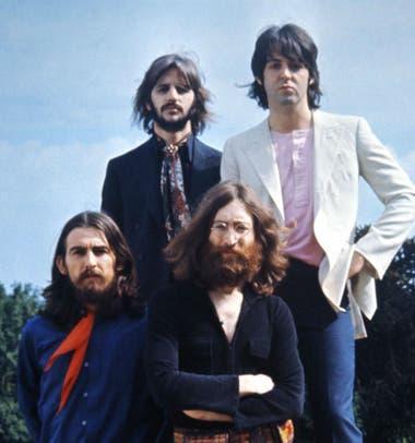 La grabación de una charla entre los integrantes de The Beatles cambia la versión oficial de la disolución del grupo