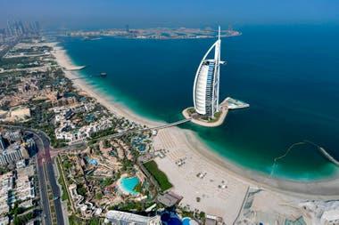 Para ingresar en Dubai es necesario presentar un test de PCR negativo realizado antes de viajar
