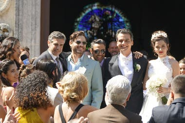 Leonardo Sbaraglia, en La red avispa, junto con Edgar Ramírez, Wagner Moura y Ana de Armas