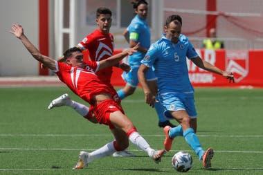 Gibraltar y San Marino tienen muy pocos profesionales en sus planteles.