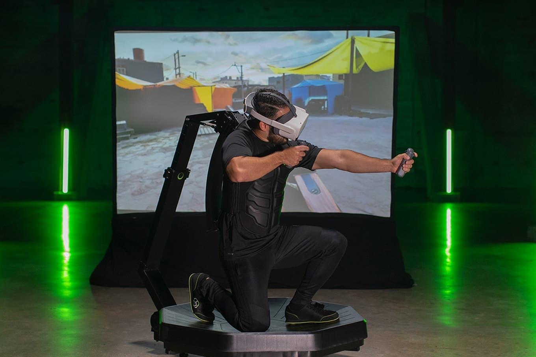 Omni One, el dispositivo que permite mover todo el cuerpo en la realidad Virtual como en Ready Player One