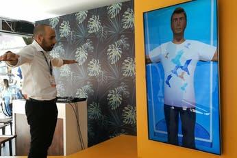 Tecnología. Un espejo virtual para crear ropa a medida y al instante
