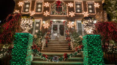 Una casa decorada en Dyker Heights, Brooklyn. Mariana Eliano