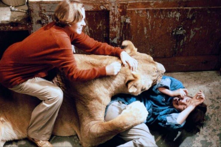 Roar se terminó convirtiendo en una película de culto a raíz de su traumática filmación