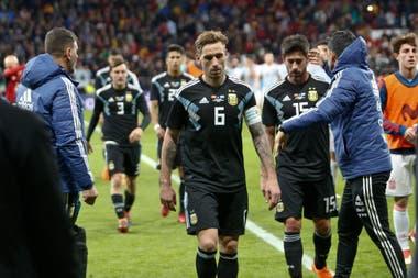 Lucas Biglia encabeza el regreso al vestuario; un partido irrescatable