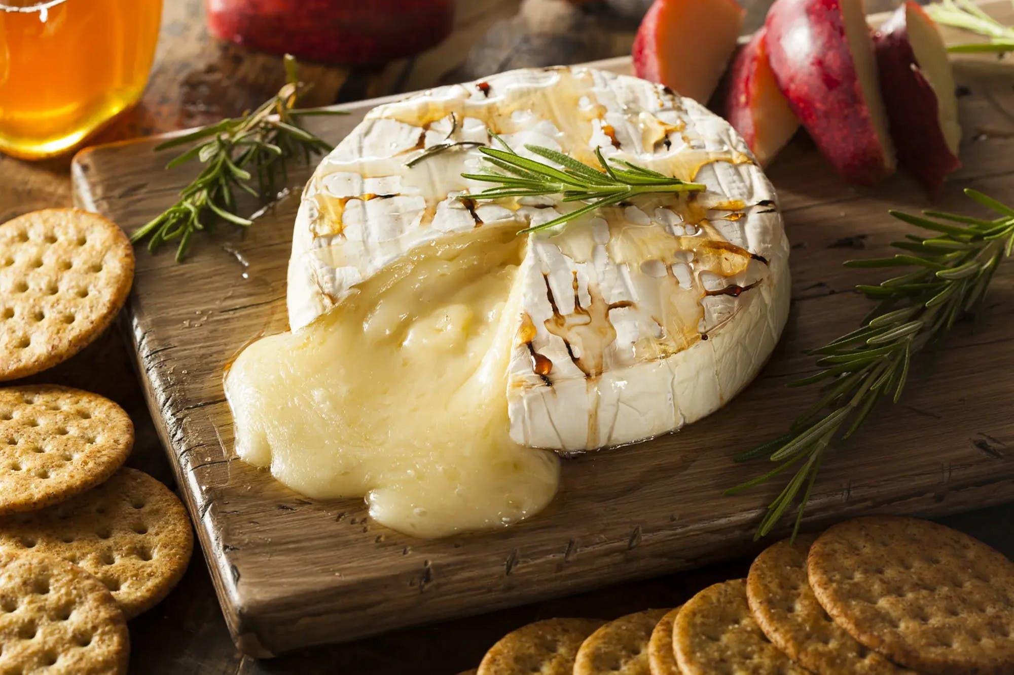 La Anmat prohibió una sal gruesa, dos quesos y una serie de productos médicos robados