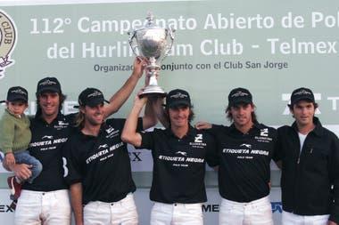 Ellerstina, campeón de Hurlingham 2005: Matías junto con Gonzalito Pieres, Pablo Mac Donough y Facundo Pieres