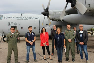 The Foreign Ministry today sent two Hercules planes of the Air Force to Guayaquil, which will fly between Argentina and Ecuador bringing returnees