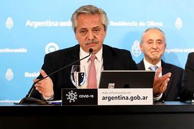Alberto Fernández durante el anuncio