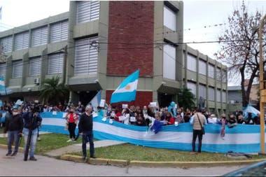 Una anterior protesta contra la expropiación en la sede de la empresa