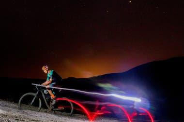 Ferreira aprovechó la noche para lograr cumplir con su recorrido