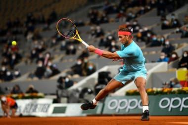 En el Philippe-Chatrier como si fuera en el patio de su casa: Rafael Nadal venció a Djokovic y se consagró por decimotercera vez en París.