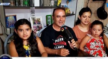 Mailén ayudó a que su papá consiga trabajo en medio de la pandemia por coronavirus que afecta a la Argentina (Captura: TN)