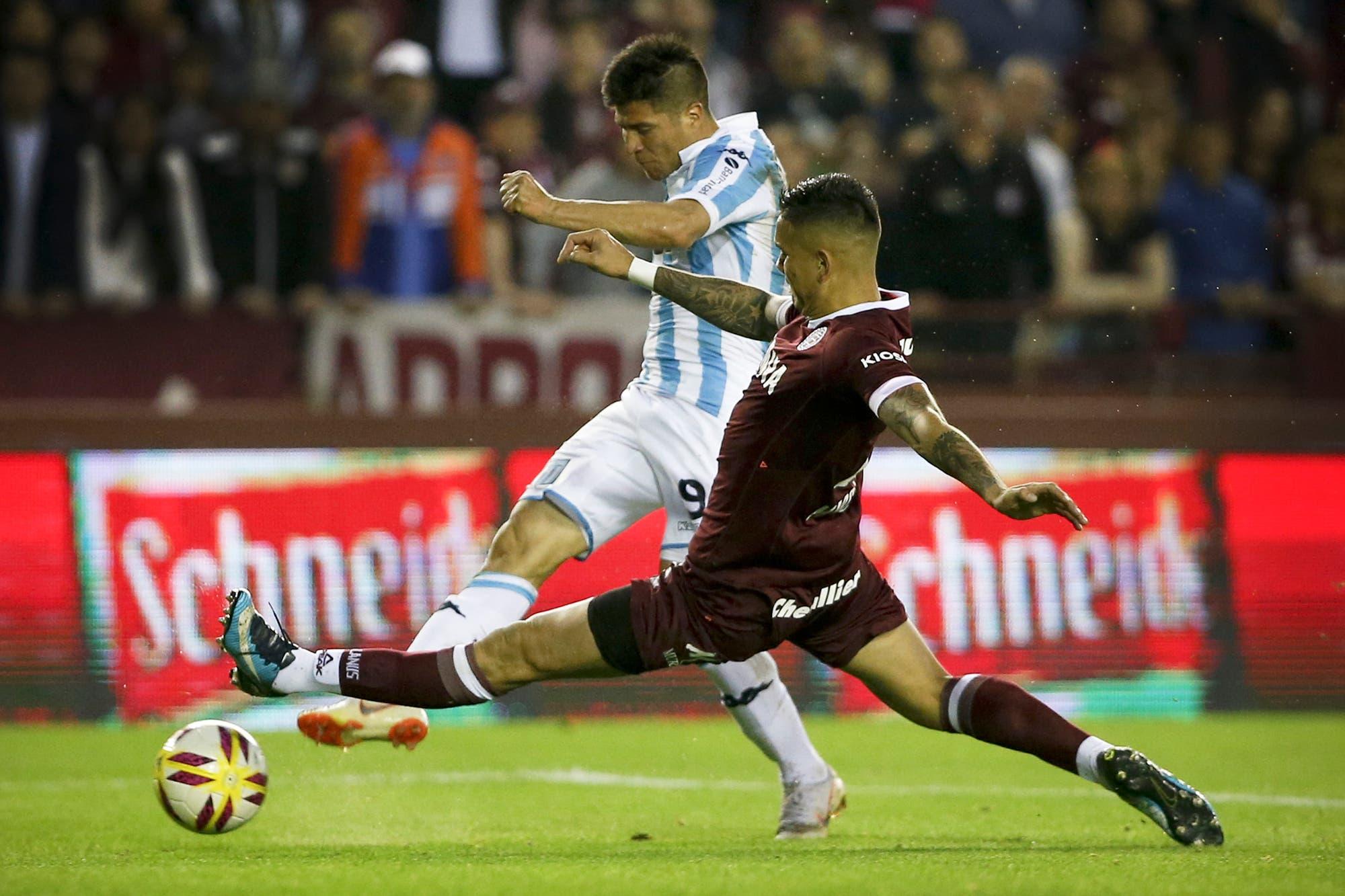 Desde el primer puesto de la Superliga, a Racing se le hace mucho más corto el duelo por la Libertadores