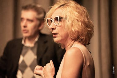 Laura Oliva, en Valeria radioactiva, de Javier Daulte