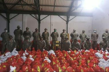 En la provincia de Misiones se contó con la ayuda del ejército no solo en el transporte sino también en el embolsado