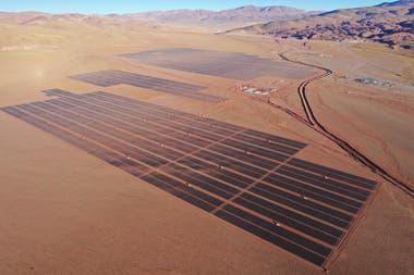 La instalación de la planta se encuentra en Susques, a 4200 metros sobre el nivel del mar.