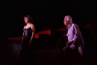Ivanna Rossi y Raúl Lavié, en Te aconsejo que me olvides