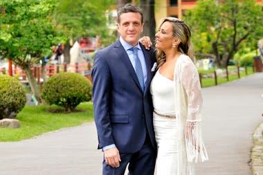 Mauro Szeta y Clarissa Antonini, en el día de su casamiento en 2018