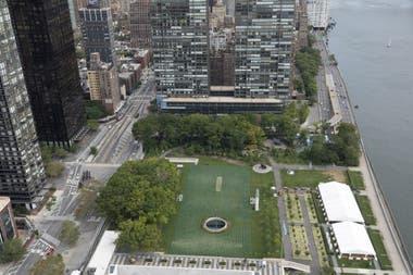 Vista aérea del lugar donde se montó la obra para crear conciencia sobre las muertes infantiles