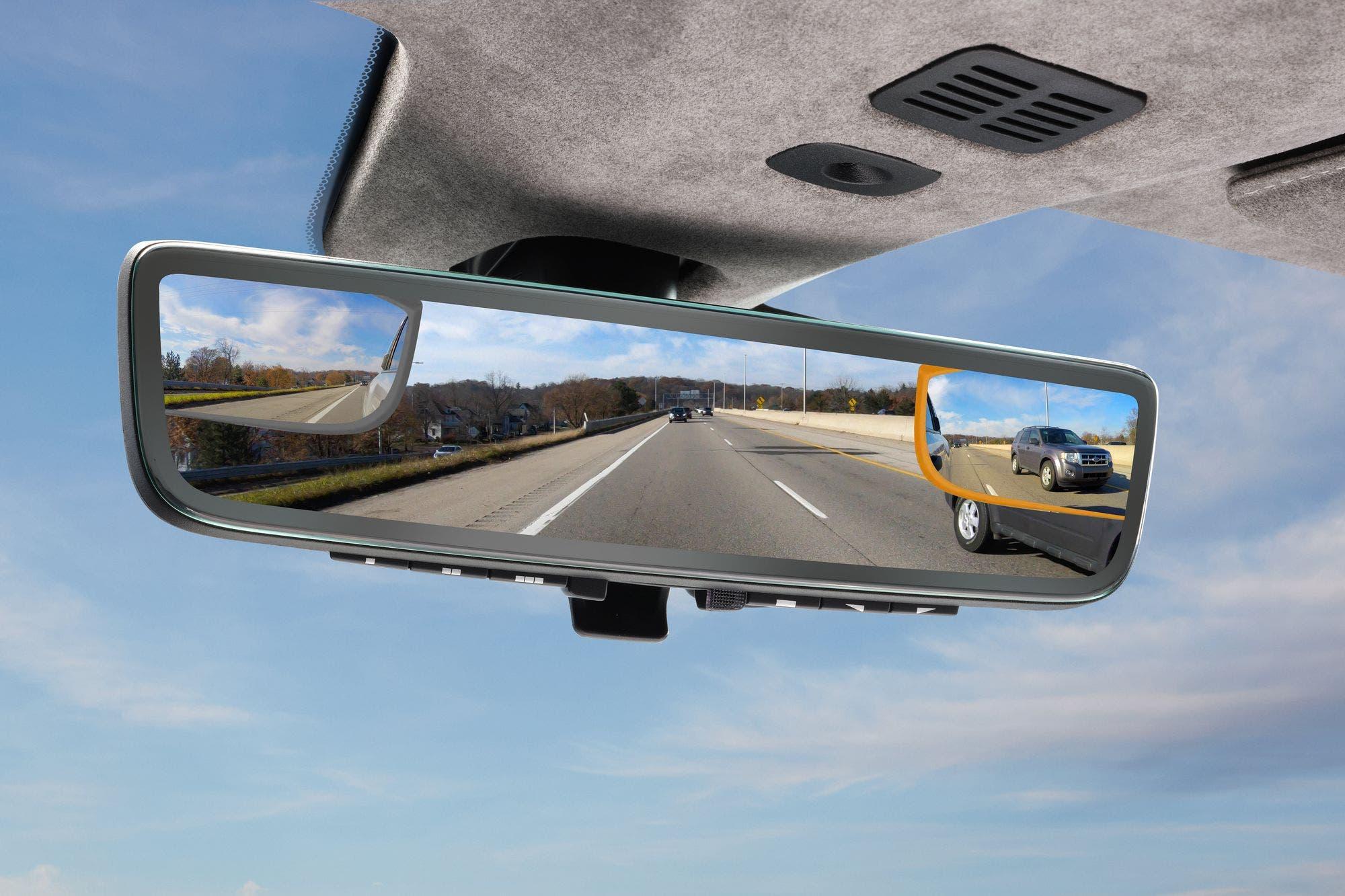Sin puntos ciegos: Aston Martin usará tres cámaras en reemplazo del espejo retrovisor