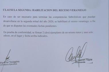 La cláusula del convenio marco entre Agremiados y AFA que posibilita la realización de partidos durante el receso veraniego.