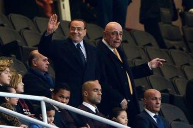 Silvio Berlusconi junto a Adriano Ganniani