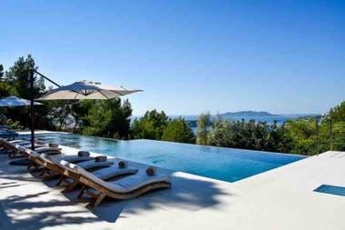 Una de las piscinas de la casa elegida por Icardi y Nara para descansar