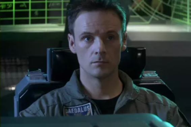 El actor Kirby Morrow en Stargate: Atlantis - SONY PICTURES TELEVISION