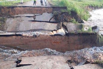 Inundaciones: se hundió parte de una ruta en el norte de Santa Fe