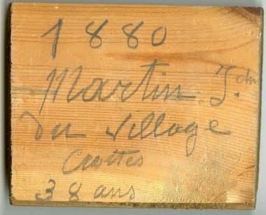 """""""1880. Martin J, del pueblo Crottes. 38 años de edad"""", firmaba el carpintero en uno de los tablones"""