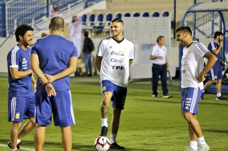 La formación de la selección para el partido ante Irak contempla nombres nuevos y un histórico