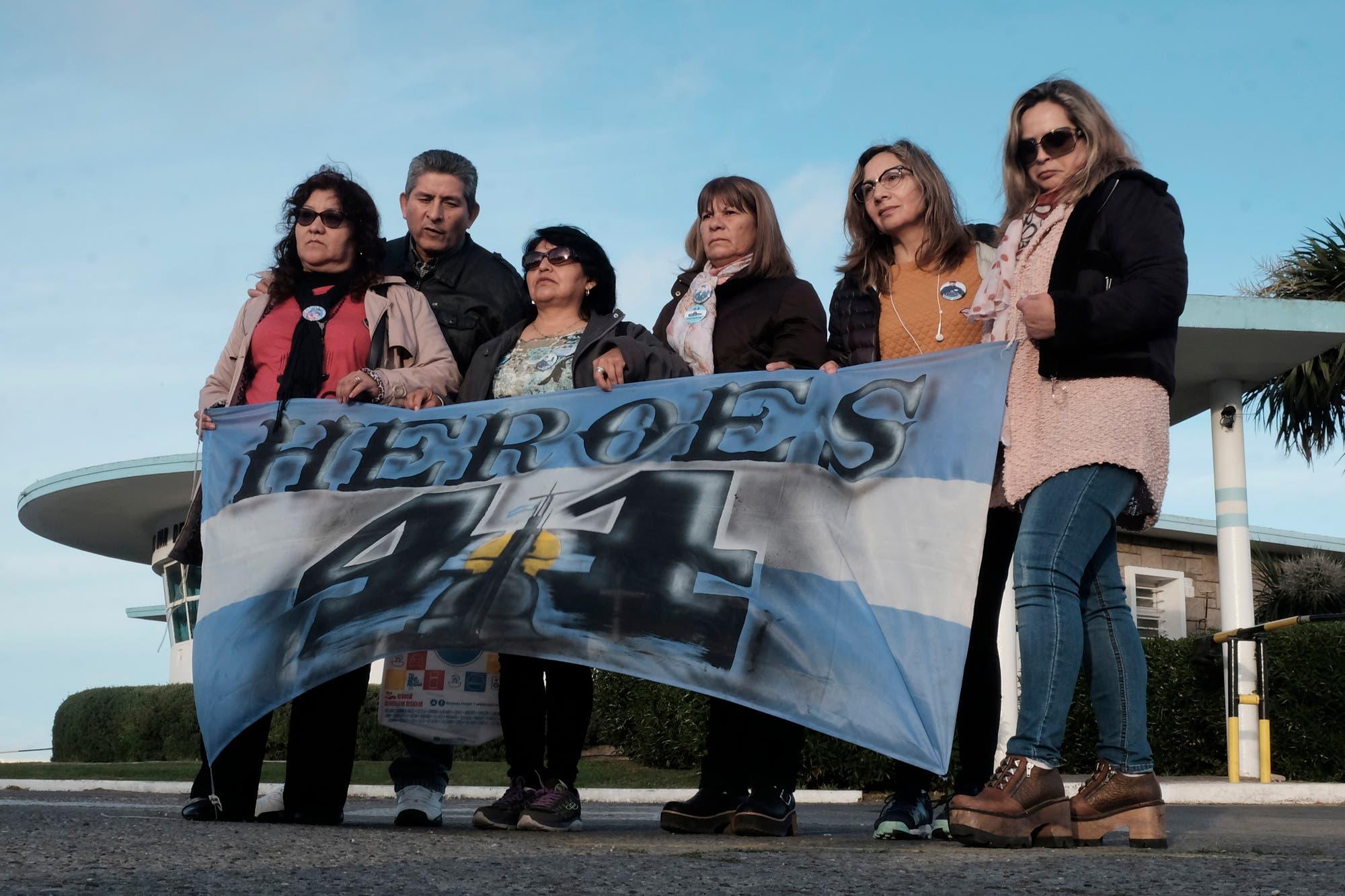 """""""Nunca sentimos tan de cerca la palabra abandono"""", dijo la madre de un tripulante del ARA San Juan"""