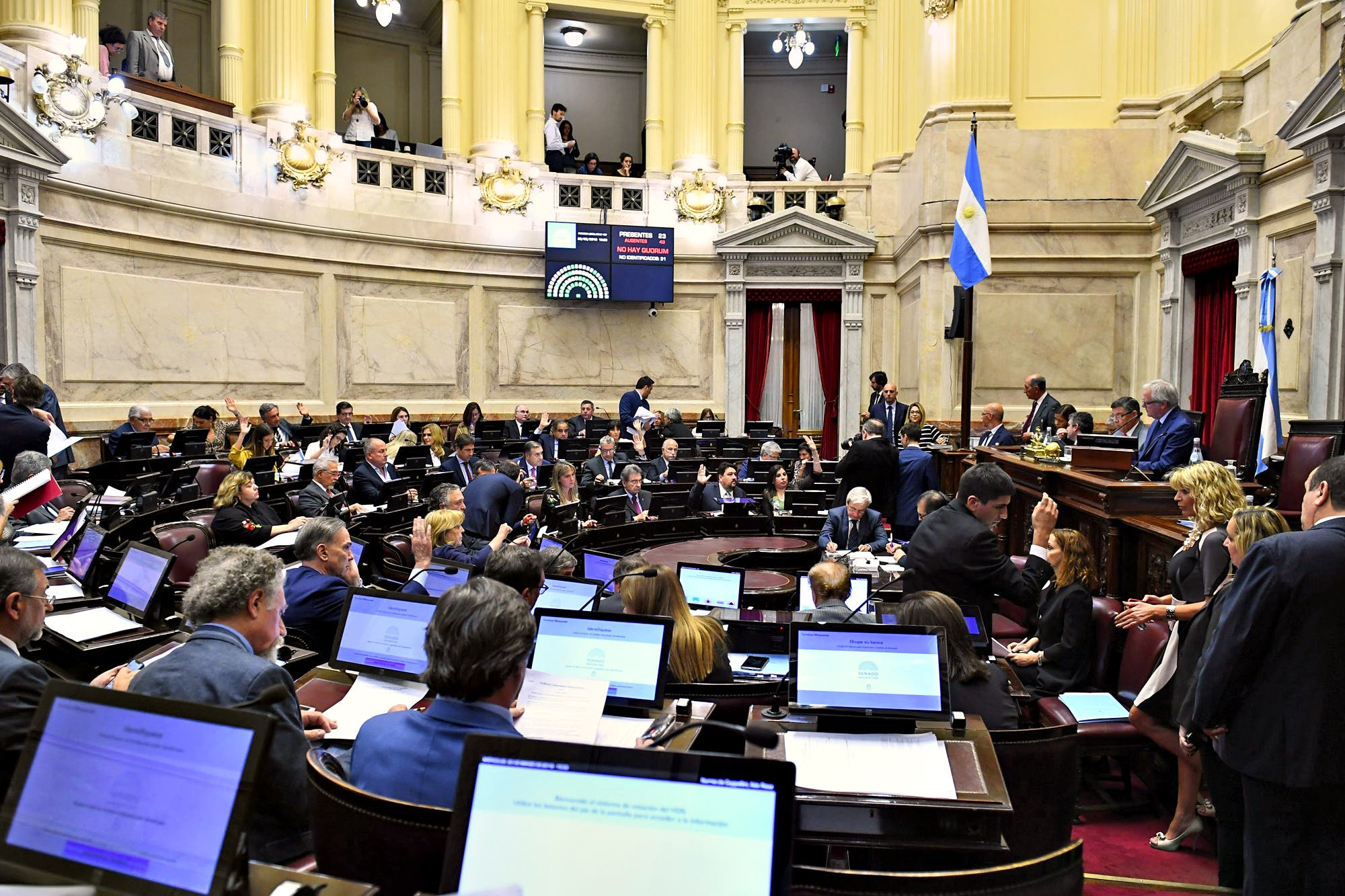 El Senado posterga hasta 2020 la prohibición de canjear pasajes por dinero