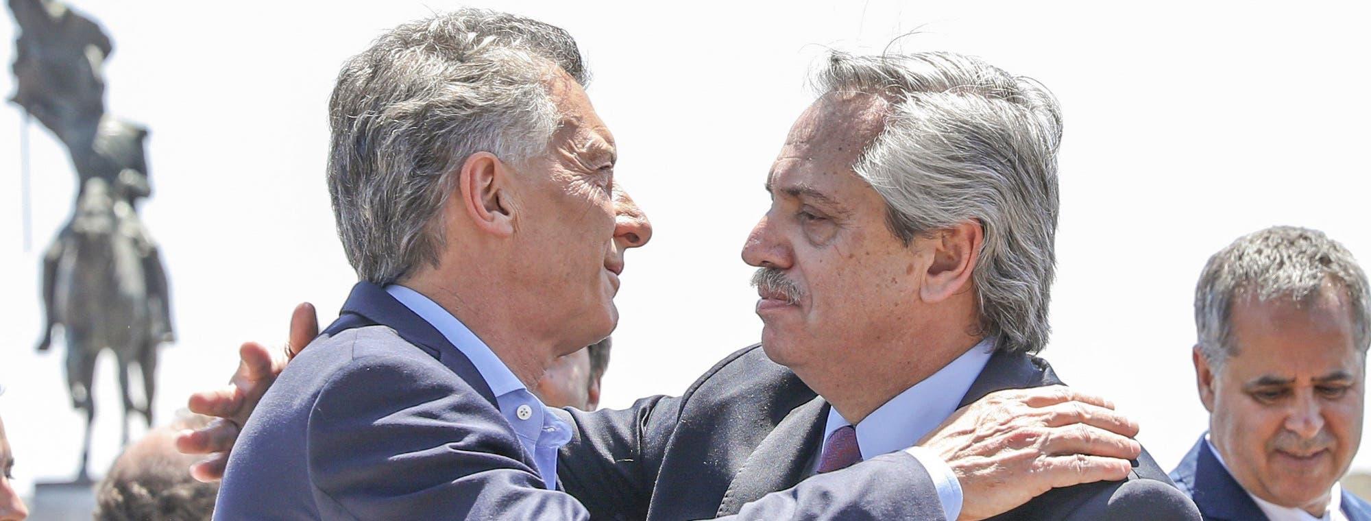 """En fotos: así fue el encuentro entre Mauricio Macri y Alberto Fernández en la misa por """"la unidad"""" en Luján"""