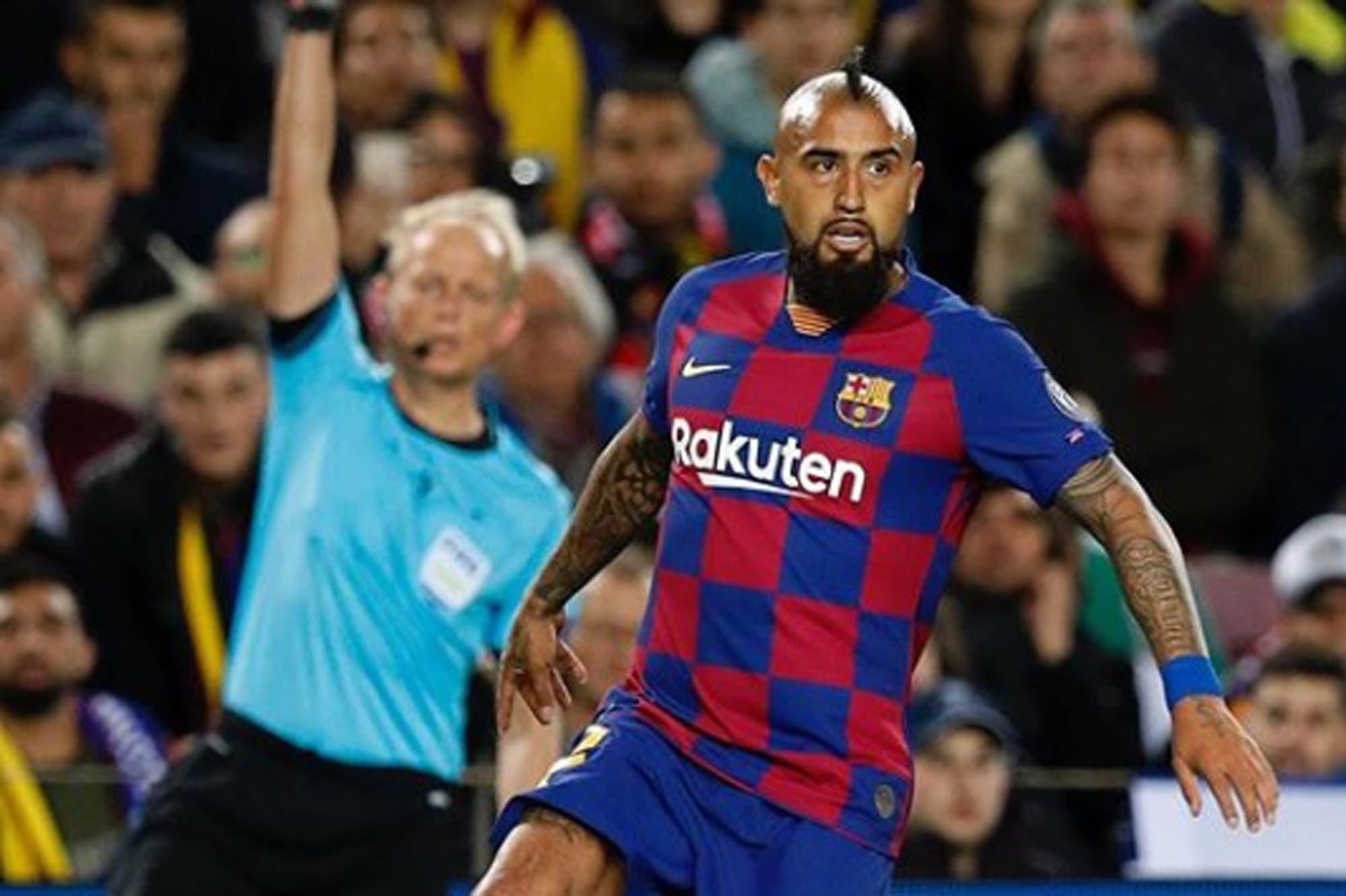 Arturo Vidal vs. Barcelona: por qué el chileno y el club catalán están en conflicto