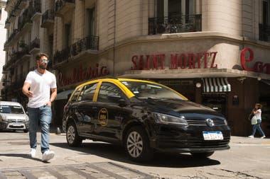 Iglesias permaneció varios meses en Buenos Aires, como parte del elenco de Separadas