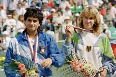 17) Los Juegos Olímpicos de Seúl 1988 representaron una gran experiencia de vida para Gaby. Obtuvo la medalla plateada, tras perder con Steffi Graf la final por 6-3 y 6-3.