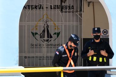 El ministro de Salud de Paraguay, Julio Mazzoleni, anunció que hay pacientes con coronavirus esperando camas en los hospitales del país