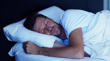 La mayoría de los argentinos duerme menos de lo que debería