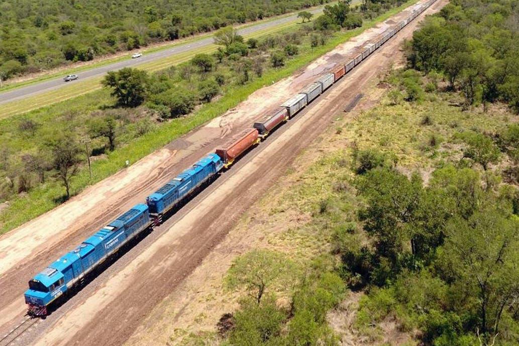 El Gobierno proyecta inversiones por $1600 millones en trenes de carga este año
