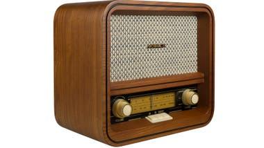 Vintage. Esta radio AM/FM de Noblex es de madera natural, pero no se priva de conexión Bluetooth y USB ($ 2899)