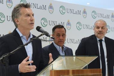 Macri y Finocchiaro en un acto en la Universidad de La Matanza