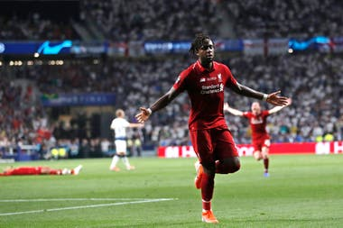 Origi selló el triunfo en el estadio Wanda Metropolitano de Madrid