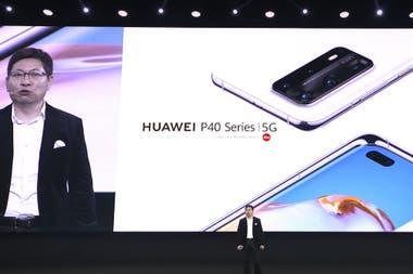 Richard Yu, CEO de Huawei Mobile, en el anuncio de los nuevos teléfonos P40 5G