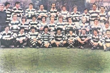 Una formación del CASI, con Gabriel Allen (el segundo desde la izquierda de arriba)