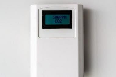 """Los monitores de CO2 indican cuánto aire fresco hay en la habitación. """"Yo recomiendo niveles de CO2 inferiores a 600 ppm"""""""