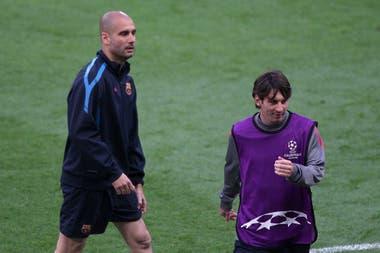 Guardiola-Messi: la relación del futbolista con su ex DT en Barcelona es la carta principal con la que cuenta Manchester City para seducir al rosarino, cuyo futuro parece estar lejos de España.