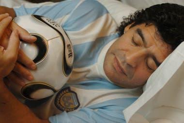 Diego en una producción con La Nación, a 20 años del mundial 86