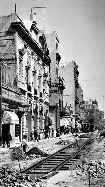 Avenida Corrientes: un sendero colonial que se transformó en el gran ícono de la cultura porteña